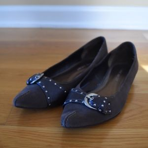 Grey Flats With Buckle On Top
